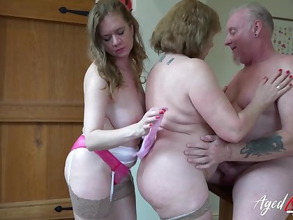 AgedLovE British Matures Playing up Huge Load of shit