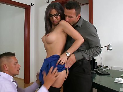 Julia De Lucia takes a handful of big cocks handy the office and loves it