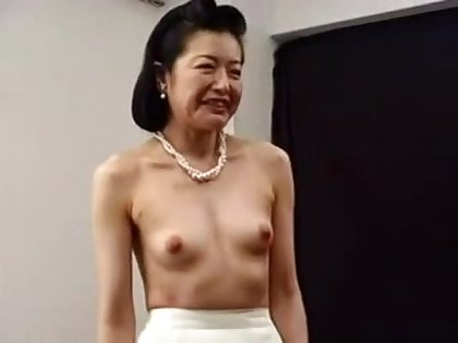 Roasting Japanese Asian Cougar Fucked With Toys
