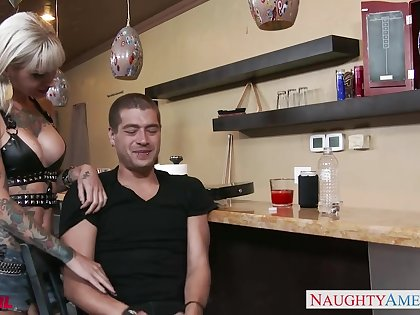 Leader ban girl connected with some tattoos Kleio Valentien gives incredibly approving BJ