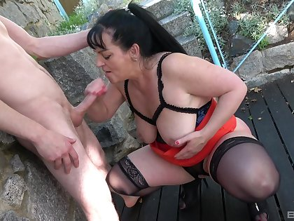 Of age slut Ivana gets her pleasure chest pounded outside